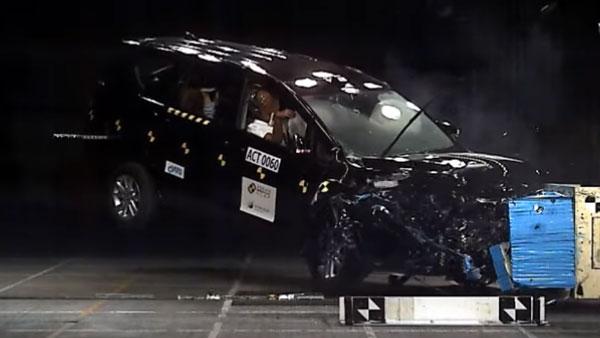 Asian NCAP Test 2020: टोयोटा इनोवा क्रिस्टा को मिला 5 स्टार सेफ्रेटी रेटिंग, जानें