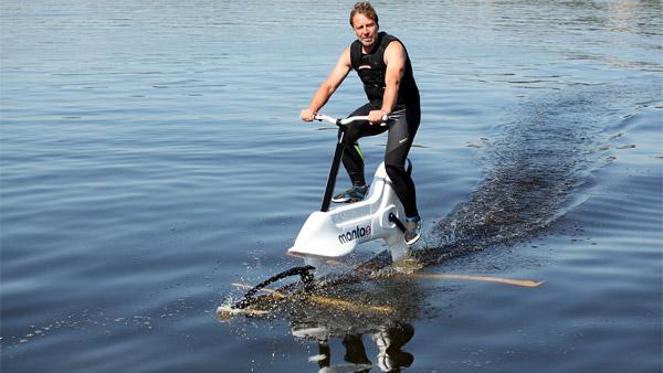 आनंद महिंद्रा ने पानी में चलने वाली साइकिल की वीडियो की शेयर, पूछा यह सवाल
