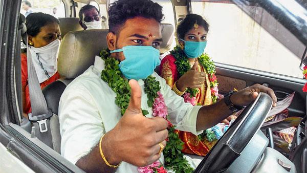 Wear Mask In Car Rule: अगर कार में हैं अकेले तब भी पहने मास्क, नया नियम हुआ लागू