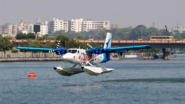 India's First Seaplane Service Launched: भारत की पहली सीप्लेन सेवा हुई शुरू, पीएम ने किया उद्घाटन