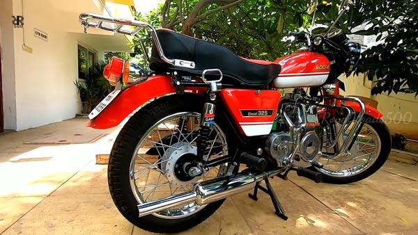 Rare Sooraj 325cc Diesel Bike Restored: दुर्लभ सूरज डीजल 325 बाइक को किया री-स्टोर, देखें वीडियो