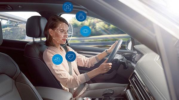 Active & Passive Safety Features: कार में क्या होते हैं एक्टिव और पैसिव सेफ्टी फीचर्स? जानें यहां