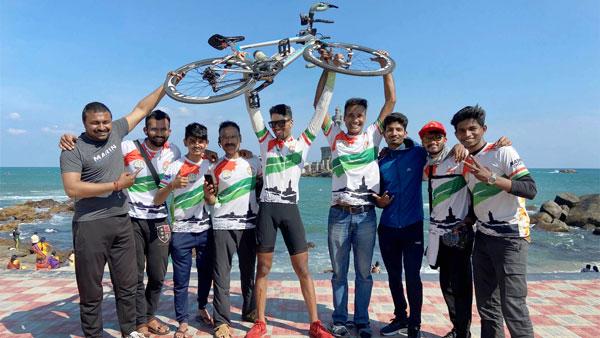 17-Year Old Boy Cycling Record: आठ दिनों में कश्मीर से कन्याकुमारी पहुंचा यह युवक, बनाया रिकॉर्ड