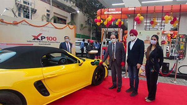 Indian Oil Launches XP100 Petrol: इंडियन ऑयल ने लॉन्च किया एक्सपी100 प्रीमियम पेट्रोल, जानें फायदे