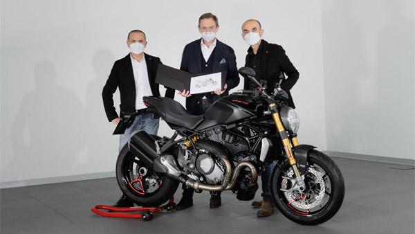 Ducati 3,50,000th Monster Delivered: डुकाटी ने डिलीवर की 3,50,000वीं मॉन्स्टर, जानें