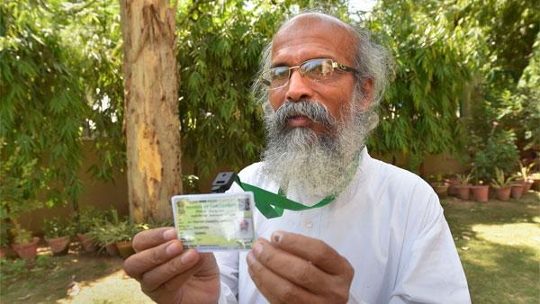 मंत्री की कार ओवरटेक करने पर 5 पर्यटकों को पुलिस ने पकड़ा