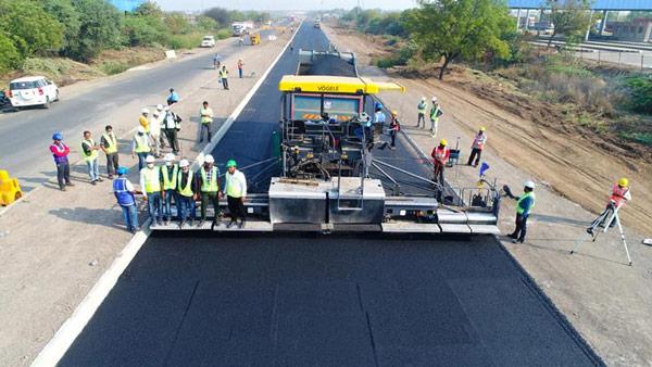 NHAI Creates World Record: महज 18 घंटो में 25.54 किलोमीटर सड़क बनाकर एनएचएआई ने बनाया विश्व रिकॉर्ड