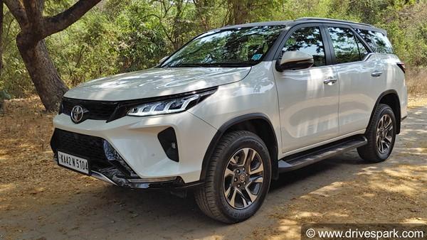 Toyota Fortuner Legender Review In Hindi: टोयोटा फॉर्च्यूनर लेजेंडर रिव्यू: अपने सेगमेंट की सबसे ताकतवर एसयूवी