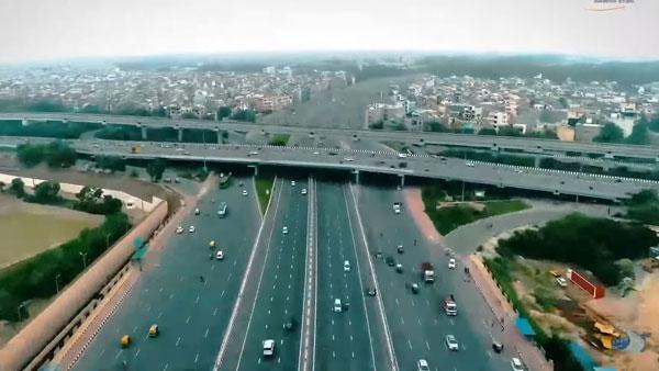 Delhi-Meerut Expressway हुआ टोल फ्री, अब जुलाई तक कर सकेंगे मुफ्त में सफर