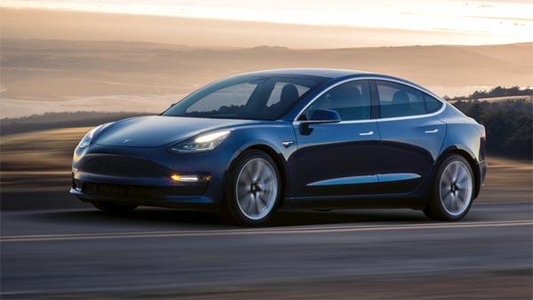 Tesla Model 3 Electric Car पुणे में टेस्टिंग के दौरान आई नजर, जल्द ही भारत में होने वाली लॉन्च