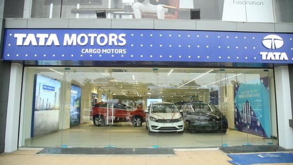 टाटा मोटर्स ने अहमदाबाद में एक ही दिन खोले 8 नए शोरूम, अपनी उपस्थिति को कर रही मजबूत