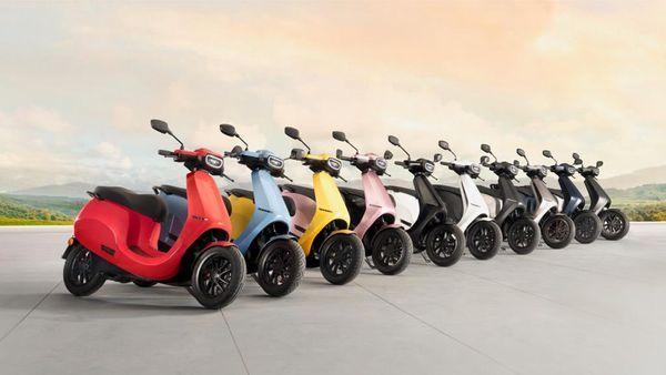 ओला इलेक्ट्रिक स्कूटर्स के रंग विकल्पों का हुआ खुलासा, कुल 10 रंगों में उपलब्ध होगी यह ई-स्कूटर