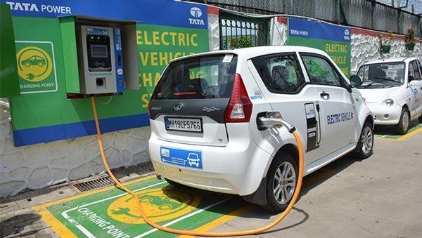 हिमाचल में खुला विश्व का सबसे ऊंचा इलेक्ट्रिक वाहन चार्जिंग स्टेशन, 3,720 मीटर की ऊंचाई पर है स्थित