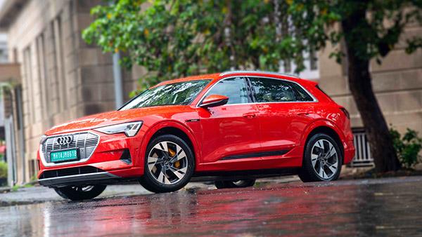 इन 10 इलेक्ट्रिक कारों की दुनिया भर में है जबरदस्त बिक्री, सिंगल चार्ज पर चलती हैं 400 Km से ज्यादा