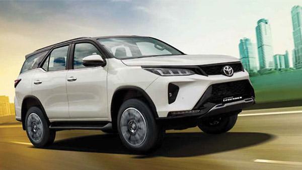 Toyota अगले महीने उत्पादन में करेगी 15% की कटौती, 1 लाख कारों का उत्पादन होगा कम