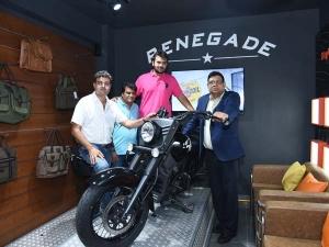 भोपाल में हुआ यूएम मोटरसाइकिल की डीलरशिप का उद्घाटन