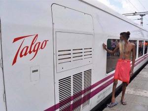 भारतीय रेलवे के इतिहास में सबसे तेज़ दौड़ने वाली ट्रेन बनी 'टाल्गो', ट्रायल रन में तूफान सी दौड़ी
