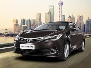 भारत में लॉन्च हुई टोयोटा की शानदार Corolla Altis, कीमत 15.87 लाख से शुरू