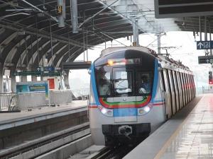 हैदराबाद भी बन गया मेट्रो सिटी, जानें सबसे महंगी मेट्रो की 10 बड़ी बातें