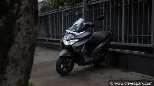 Suzuki Burgman Street रिव्यू: देश का पहला मैक्सी स्कूटर