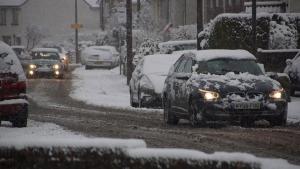 Tips सर्दियों में कम पैसे खर्च कर कैसे रखें अपनी कार का ख्याल?