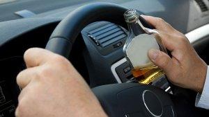 इन 10 तरीकों से आप ड्रिंक एंड ड्राइव से बच सकते हैं