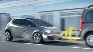 Car Tips: यह 5 संकेत दिखें तो तुरंत करवा लें अपनी कार की सर्विस