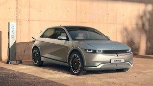 Hyundai Ioniq 5 SUV Unveiled: हुंडई की आयोनिक 5 इलेक्ट्रिक एसयूवी का हुआ खुलासा, जानें रेंज, फीचर्स