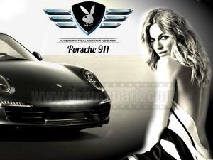 देखें तस्वीरें • पोर्शे 911 बनी प्लेब्वॉय कार