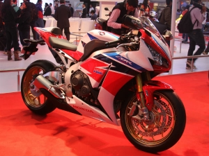 भारत में असेम्बल होगी होंडा की शानदार मोटरसाइकिल सीबीआर 650 एफ