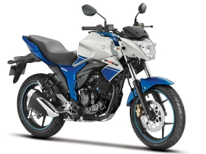 नये रंग और अंदाज में सुजुकी ने लॉन्च की बेहतरीन मोटरसाइकिल जिक्सर