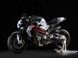 एमवी अगस्ता ने पेश किया बेहतरीन मोटरसाइकिल, कीमत 18 लाख रूपये