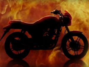 शान : भारत-पाक युद्ध में अहम भूमिका निभाने वाले एयरक्राफ्ट 'आईएनएस विक्रांत' की स्टील से बनी बाइक !