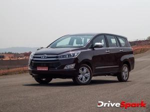 Car Review : जानिए टोयोटा इनोवा क्रिस्टा के फर्स्ट राइड इम्प्रेशन और इसकी विशेषताओं के बारे में