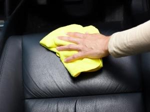 Car Tips : कार की फैब्रिक सीट को साफ करने के ये टिप्स ज़रूरी हैं ताकि बनी रहे उनकी क्वॉलिटी
