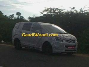 महिंद्रा का नया मल्टी पर्पज़ व्हीकल(MPV) चेन्नई में टेस्टिंग के दौरान कैमरे में हुआ कैद, देखिए