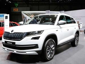 Geneva Motor Show में पेश होकर सीधे भारत में आ रही हैं ये 10 नई Luxury और Glamorous कारें