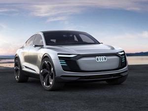 ऑडी की e-Tron Quattro की बुकिंग हुई शुरू, जानिए इस All-Electric SUV की खास बातें