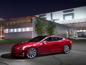 Tesla के 53,000 वाहनों में आया ब्रेक डिफाल्ट, कहीं आपका मॉडल भी तो नहीं हैं शामिल?
