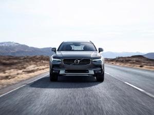 Volvo बंद करने जा रहा है नए डीजल इंजन का प्रोडक्शन, जानिए क्यो?