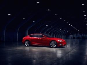 Tesla अभी Make In India का हिस्सा नहीं, फिर कब? यहां जानें...