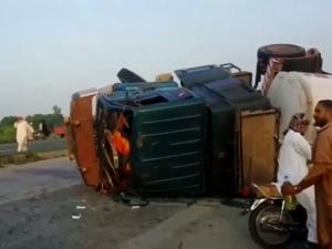 वीडियोः पेट्रोल के लालच ने लील ली 150 पाकिस्तानी नागरिकों की जान