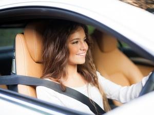 ड्राइविंग के दौरान 4 में से 3 लोग नहीं लगाते सीटबेल्ट, डराती है यह स्टडी