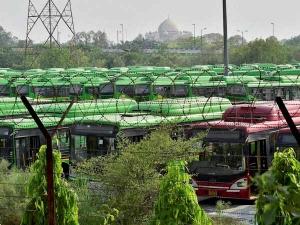 राजधानी दिल्ली को प्रदुषण से मुक्ति के लिए चाहिए 10 हजार बसें