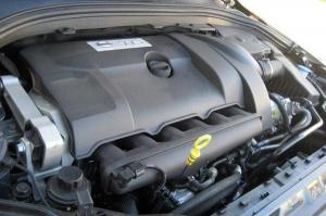 कार के इंजन को बंद करने से पहले इस बात को जरूर जान लें