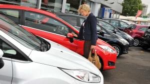 नजरअंदाज न करें-  पुरानी कार खरीदते समय हो सकते हैं ये 10 बड़े नुकसान