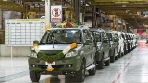 टाटा ने भारतीय सेना के लिए पेश किया आधुनिक फीचर्स से लैस Safari Storme GS800