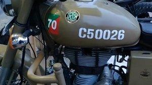 महज 1000 के स्टीकर में ये बाइक बनी रॉयल एनफील्ड क्लासिक 500 पेगासस