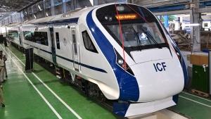 दुनिया के कई देश खरीदना चाहते हैं भारत में बनी ट्रेन 18 — जानें क्या है खास?