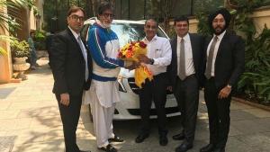 अमिताभ बच्चन ने खरीदी मर्सिडीज की यह महँगी कार, जानिये क्या है कीमत